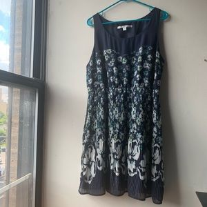 LC Lauren Conrad Floral Sleeveless Pleated Dress